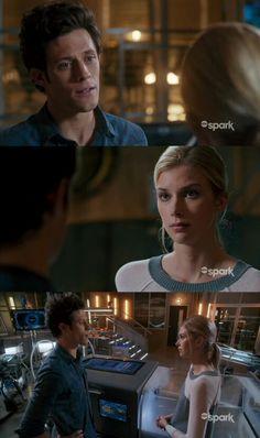 "#Stitchers 1x05 ""Stitcher in the Rye"" - Cameron and Kirsten"