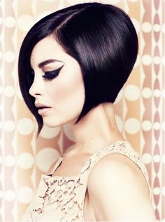 Short Black Retro Bob