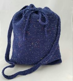 Check out this item in my Etsy shop https://www.etsy.com/listing/493348145/navy-blue-crochet-bag
