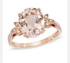 Oval morganite and Dimond ring