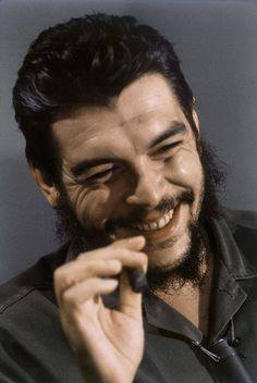 23 Amazing Portrait Photos of Che Guevara Taken by Elliott Erwitt in Cuba, 1964 Motion Design, Che Guevara Photos, Pop Art Bilder, Portrait Photos, Portraits, Alex Webb, Ernesto Che Guevara, Elliott Erwitt, Martin Parr