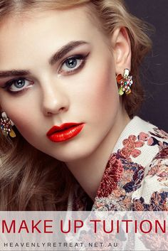 2 hours of one on one tuition specifically designed to suit your style. Learn the tricks of the trade and how to convert a day make up into night.