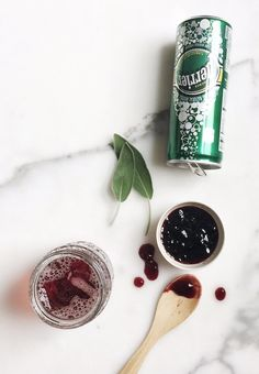 Gin & Jam: On a recent trip to the Hudson Whiskey distillery, Perrier discovered a very simple, very clever recipe that we just had to explore further. A gin and jam: pretty self-explanatory, but with so many variations we couldn't resist testing out some new recipes that are (most importantly) easy to assemble for a small gathering or bigger party. These three recipes are foolproof, with Perrier, gin and jam as the only ingredients you need for delicious cocktails.