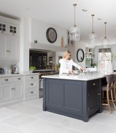 Kitchen Inspirations, decor ideas for kitchens, kitchen layout, farmhouse kitchen decorations, dining room Open Plan Kitchen Dining Living, Open Plan Kitchen Diner, Kitchen Diner Extension, Kitchen Redo, Living Room Kitchen, Home Decor Kitchen, New Kitchen, Home Kitchens, Kitchen Ideas