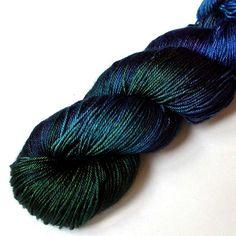 Cashmere and Silk Fingering Yarn Royal Plumage door JulieSpins