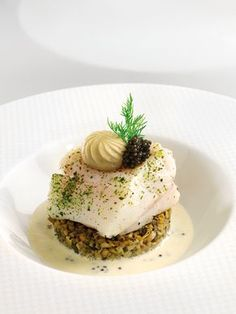 Sea bass poached in nori milk with Aquitaine caviar
