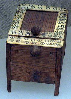Cosmetic box,Nee Kingdom,dynasty 18  ca 1550-1295 BC  Egypt,Memphite Region.