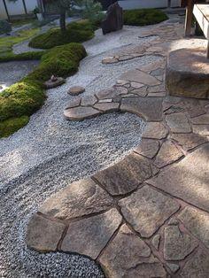 Front Yard Walkway, Mediterranean Garden Design, Concrete Backyard, Zen, Brick Path, Backyard Plan, Garden Villa, Patio Design, Garden Paths