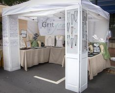 51 Ideas jewerly display booth boutiques craft fairs for 2019 Craft Show Booths, Craft Booth Displays, Craft Show Ideas, Display Ideas, Booth Ideas, Diy Ideas, Stall Display, Displays For Craft Shows, Store Displays