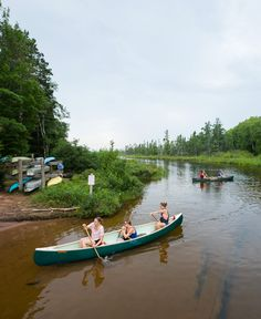 Whether you like big rivers or small, you'll find a great place for canoeing in Wisconsin. Get tips here on the best places to go throughout the state!