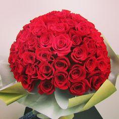 101 roses bouquet #flowers #rose #bouquet #romantic #love #red #redroses #florist #flowerstagram #flowerlovers #instaflower #flori #trandafir #dragoste #flowershop
