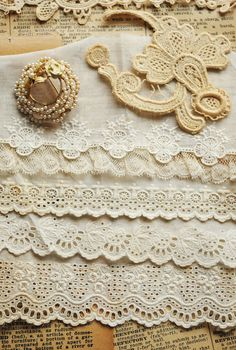 Faith, Grace, and Crafts: Pearls and Lace Thursday #126 Creamy Pearls and Lace
