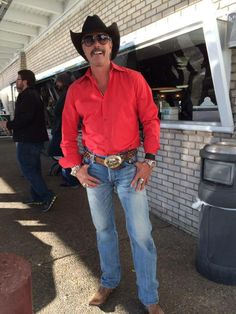 Richard Rawlings keeps my crush on Bert Reynolds alive. Go ahead Bandit. I'll pretend I'm Smokey. Except I'm going to catch your ass. Smooches