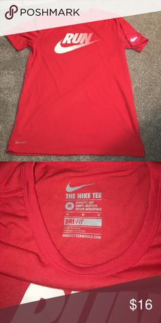 Nike T shirt Nike T shirt. Men's Medium. 7/10 condition.  Priced accordingly. No stains. No rips/holes. Nike Shirts Tees - Short Sleeve