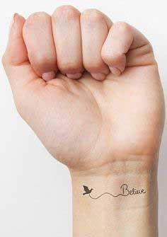 tatouage poignet original