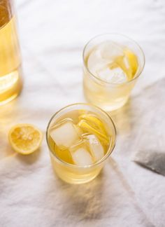 Cold brew iced tea with lemon - cookieandkate.com