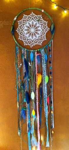 diy hemp dream catcher - will use the doilies that my Grandma crocheted. Fun Crafts, Diy And Crafts, Arts And Crafts, Dream Catchers, Parrot Feather, Craft Projects, Projects To Try, Suncatcher, Vintage Room