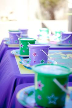 Party buckets double up well as decor items on the tables. Barney Birthday Party, Barney Party, 2nd Birthday Boys, Boy Birthday Parties, Birthday Ideas, Barney Cake, Craft Party, Birthdays, Party Ideas