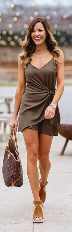 #spring #outfits woman in black spaghetti strap dress holding brown Louis Vuitton Monogram leather tote bag. Pic by @mumuandmacaroons