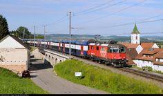 Net Photo: 420 216 SBB Re II at Lottstetten, Germany by Reinhard Reiss Swiss Railways, Switzerland, Euro, Germany, Trains, Deutsch