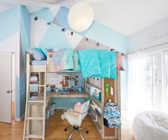 Find cute and cool girls bedroom ideas at Pottery Barn Teen. Shop your dream room with our teen room inspiration and ideas. Bedroom Decor For Teen Girls, Cute Bedroom Ideas, Girl Bedroom Designs, Room Ideas Bedroom, Teen Room Decor, Small Room Bedroom, Rooms Home Decor, Girl Bedrooms, Teen Bedroom