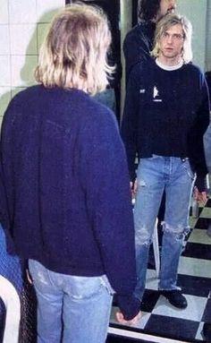 Kurt #NIRVANA [Kurt Cobain, Krist Novoselic, Dave Grohl]