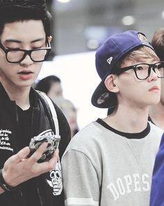 Chanyeol & Baekhyun in glasses. Adorable <3