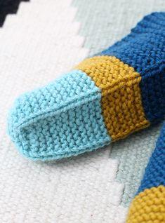Bambula: DIY   Neuletossut Knitting Socks, Knitted Hats, Crochet, Diy, Ideas, Tricot, Breien, Knit Socks, Bricolage