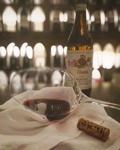 """Przyjemność z dobrego jedzenia, cieszyć się dobrą firmę, ładne wymieniać pozdrowienia życzliwy, ale przede wszystkim przyjemność jakości wina ... Wszystko """"z @primorestaurantlecce i"""" naszym hasłem w pokoju .. @ _si.lvia_ zabierze Cię do odkrycia włoskiej i międzynarodowej panoramy enologicznej, wszystko po mistrzowsku połączone z daniami @akialos.  #primorestaurant #restaurantinlecce #ilpalatoparla #chef #cheflife #food #foodlover #foodblogger #foodstagram #wine #sommelier #sommelierlife…"""