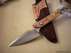 Spearhead knife! I like the idea. Recycling old spearheads into knives, especially when doing battle in a place like my deserts, where the heads can be reused but the staff, once broken, is worthless. I'll have to work on this idea!