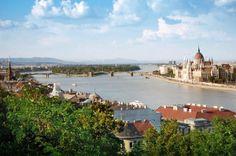 Budapest www.apollomatkat.fi #Viikonloppumatkat #Budapest Varanasi, Budapest, River, Outdoor, Outdoors, Outdoor Games, Outdoor Living, Rivers