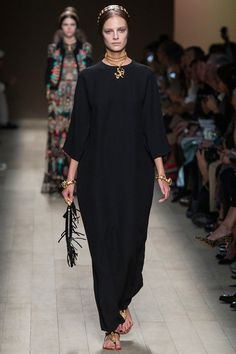 16. Valentino Spring 2014 Ready-to-Wear. She is wearing a modern version of an outer tunic that would be worn with a palla.