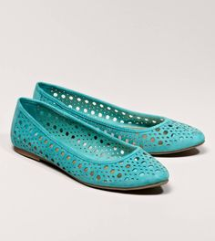 AEO Cutout Flat | American Eagle Outfitters