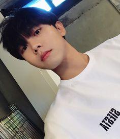 Second wattpad's my first wattpad 1 Karya, 11 Pengikut Korean Boys Hot, Korean Boys Ulzzang, Korean Couple, Ulzzang Boy, Korean Men, Asian Boys, Asian Men, I Hate Boys, Boys Like