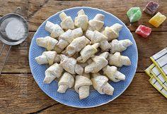 Crescents pastries (CC Eng Sub) Romanian Desserts, Romanian Food, Romanian Recipes, Churros, Cake Recipes, Dessert Recipes, Cake Videos, Sweet Treats, Cooking Recipes