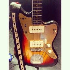 """That brief moment where I got to plunk around on Nels Cline's 1959 Jazzmaster """"Rosie"""" on Saturday night. Mike And Mike, Fender Guitars, Mandolin, Electric Guitars, Cool Guitar, Saturday Night, Sick, Instruments, In This Moment"""