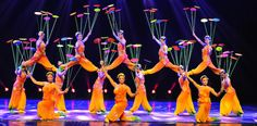 Shanghai, Acrobats of the Peoples Republic of China