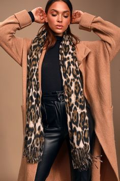The Lulus Edi Leopard Print Oversized Scarf will take your fall look to the next level! Leopard scarf with oversized design and fringe at the ends. Vintage Fashion 1950s, Victorian Fashion, Cute Scarfs, Christian Dior Couture, Leopard Scarf, Oversized Scarf, Brown Leopard, Red Pants, How To Wear Scarves