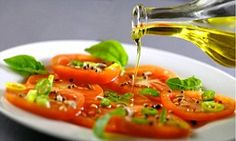 Mediterranean diet with lashings of olive oil 'slashes risk of breast cancer by 68%' | Daily Mail Online