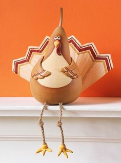 Crafts 'n things : Projects : Details : turkey-gourd-shelf-sitter