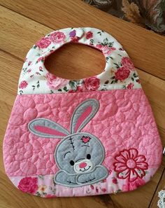Bunny Bib 6x10 and 7x12 In The Hoop Machine Embroidery Design #MachineEmbroideryIdeas