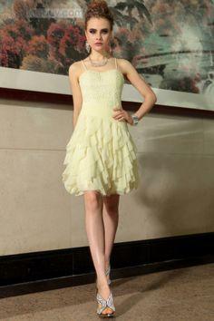 スパゲッティストラップひだ飾りAラインショート二次会ドレス