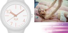 Bianco e rosa come un milkshake panna e fragola :) Un modello H2X ONE LADY, orologi in silicone di alta qualità, belli, economici e in oltre 50 colori!