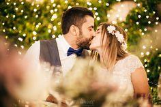 Hoy recordamos el enlace de Silvia y Bernard gracias a las fotografias de Mon amour by Mònica Vidal. Él vistió su día con Trajes Señor  #bride #groom #wedding #weddings #bodas #novio #traje #boda #diciembre #suits #suitup #suit #bridestyle #groomstyle #happynewyear #newyear