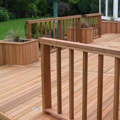 Geländer für Außenbereich / Holz / Einfahrts Barren / für Terrasse CLEAR GRADE SQUARE POST Silva Timber Products