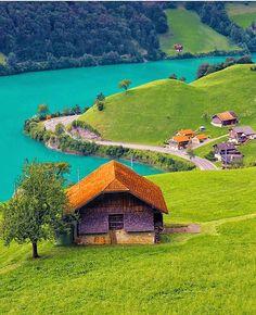 Lungern, Obwalden📍  Photo by @wildluxe_misha  #lungern#lucerne#switzerland#swiss#ticino#graubünden#zurich#valais#bern#swiss#lugano#locarno#geneva#zurichlake#zürichcity#zürich#freiburg#glarus#beautifulworld#beautifulplace#world#earth#natur#svizzera#swissalps#bern#basel#stgallen#apenzell#schwyz#lausanne#wallis