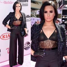 Shows, looks, makes: Billboard Music Awards em 15 fotos - Demi Lovato - red carpet