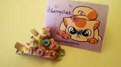 Mollettine per capelli con dolci fatti a mano. Handmade hairclips with sweets.