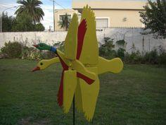 Fabricación y venta de veletas animadas. www.veletasanimadas.com.ar/ Bienvenido a Veletas Animadas. son articulos totalmente hechos a mano, impulsados por la energia eolica que dan la apariencia de movimiento a un objeto ...