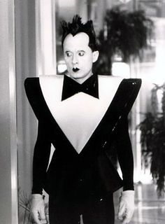 Klaus Nomi (I can't help it. I find him incredibly fascinating. Alas, we mourn the unfinished opera!)